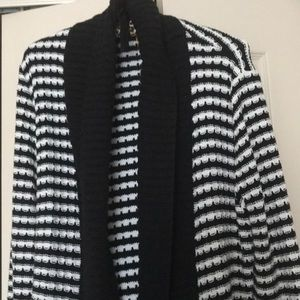 Ladies black and white cardigan belted